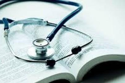 Médicos pós-graduados x CFM